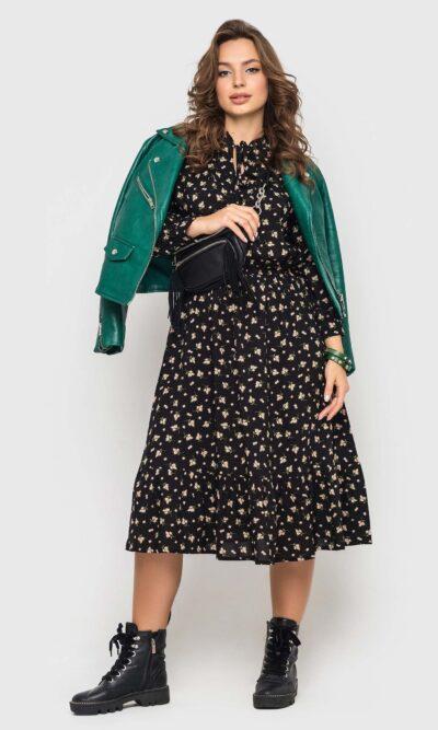 Черное платье в мелкий цветочек