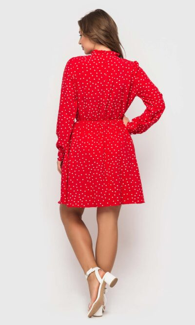 Красное стильное платье