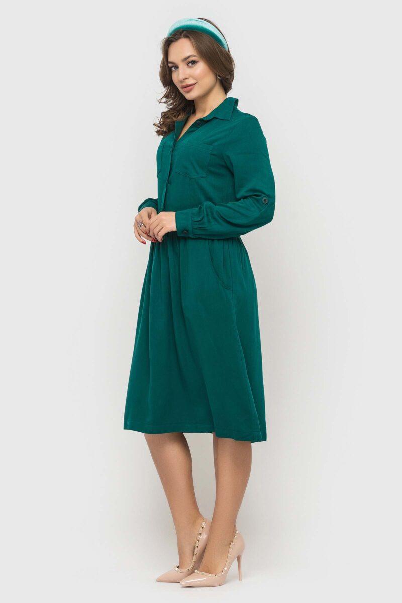 Стильное изумрудное платье из натуральной ткани