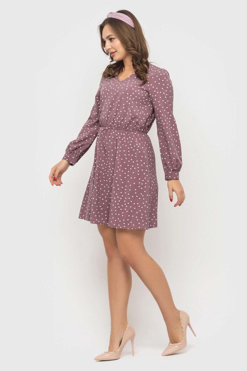 Милое пудровое платье в горошек