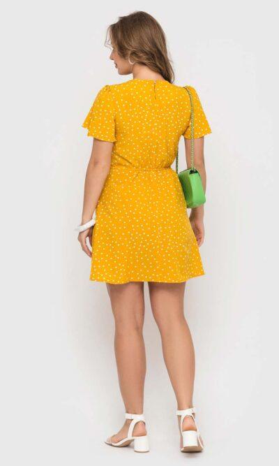 Желтенькое платье в белый горошек