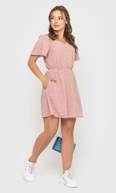 Короткое пудровое платье