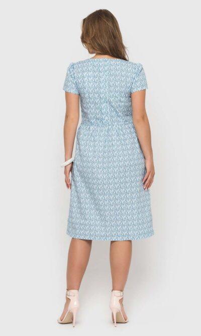 Голубое платье в синий цветочек