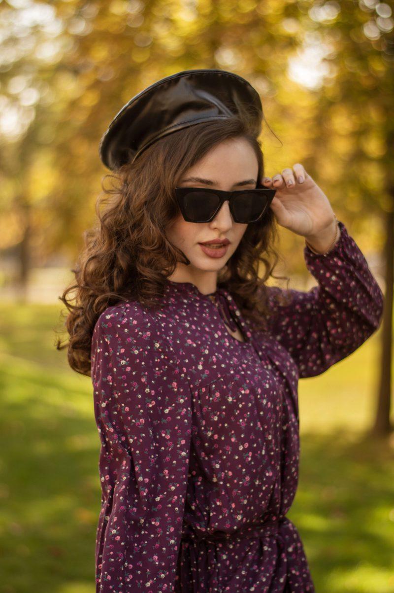 Штапельное платье цвета баклажан