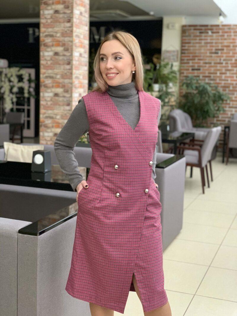 Теплое платье-жилет на запах
