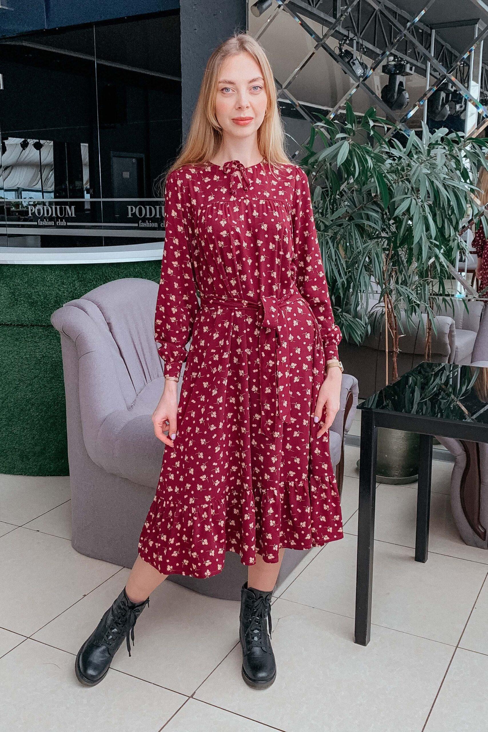Бордовое платье из штапеля
