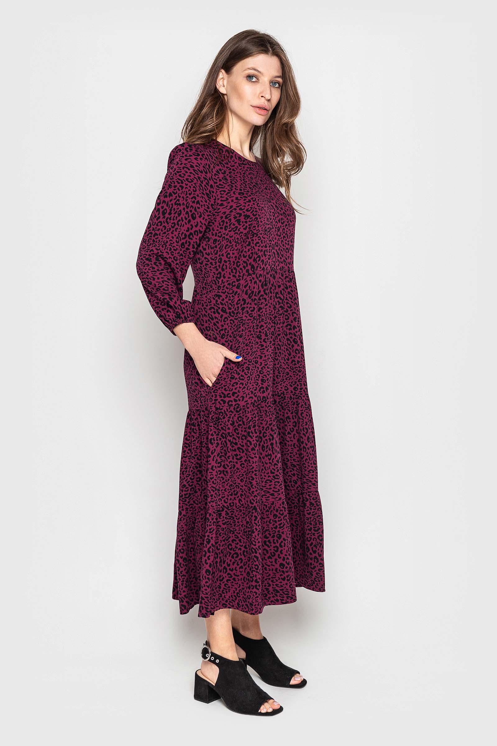 Стильное платье миди с карманами