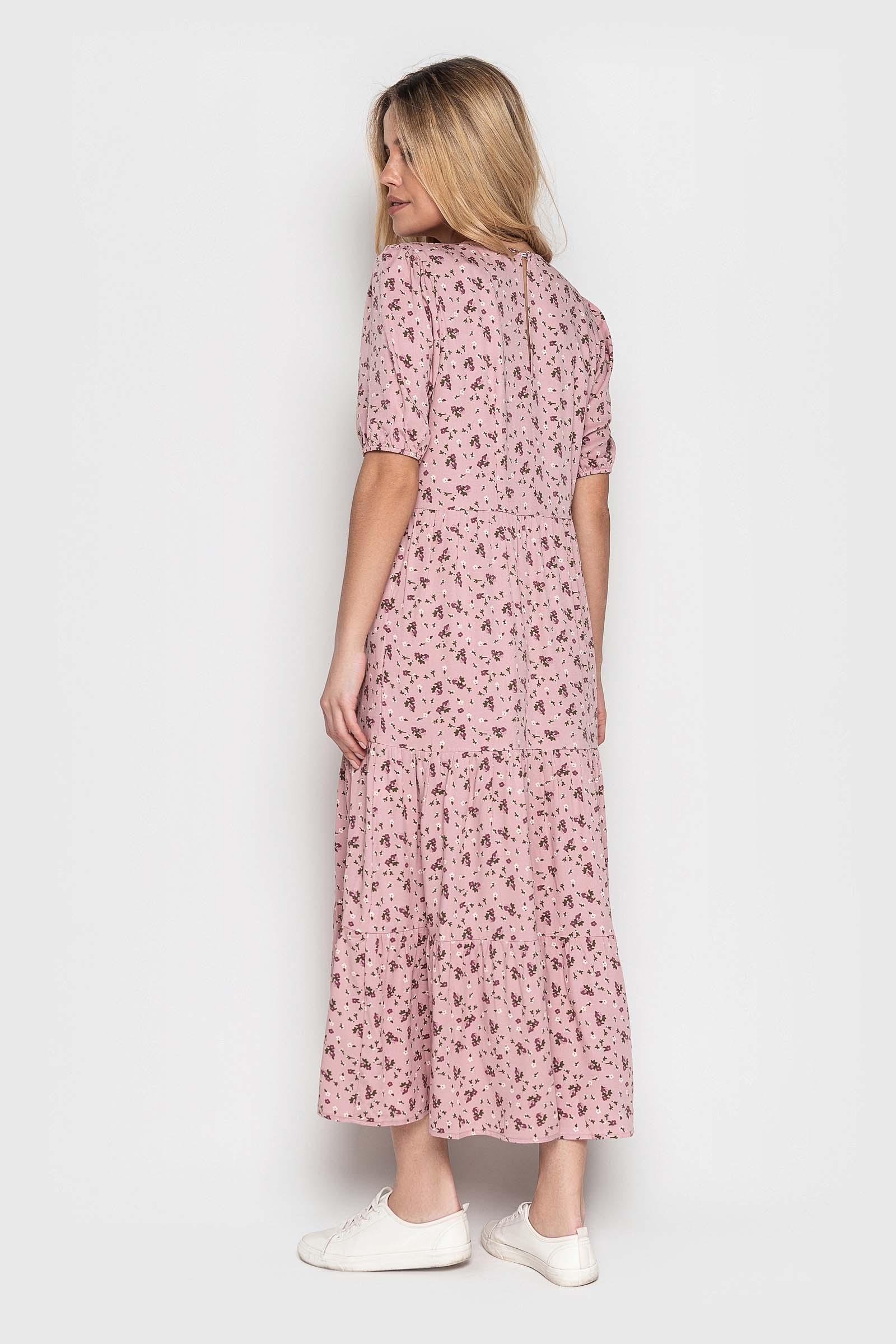 Стильное пудровое платье миди
